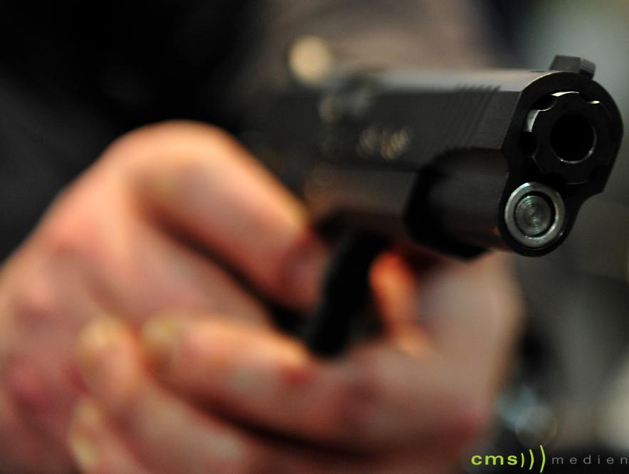 Bedrohung mit vermeintlicher Schusswaffe